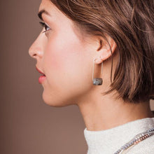 Load image into Gallery viewer, Scout Floating Stone Earrings- Sunstone/Gold