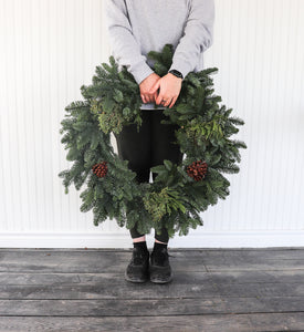"14"" Mixed Wreath"