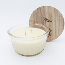 Load image into Gallery viewer, Swan Creek Candle: Peppermint Twist (Multiple Sizes)- Holiday Candle