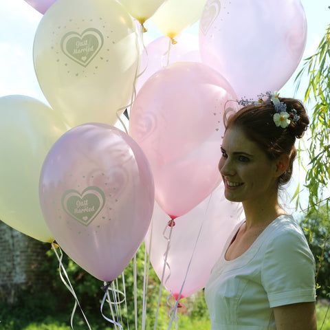 12 Just Married Latex Balloons