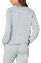 Load image into Gallery viewer, Sweatshirt with Raglan Sleeve