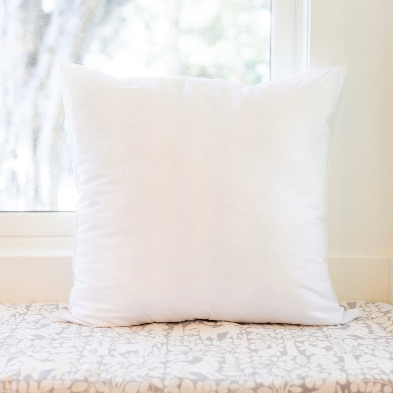FAUX DOWN PILLOW INSERT (18 x 18)