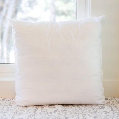 FAUX DOWN PILLOW INSERT (20 x 20)