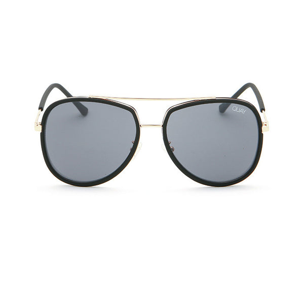 QUAY NEEDING FAME SUNGLASSES - BLACK
