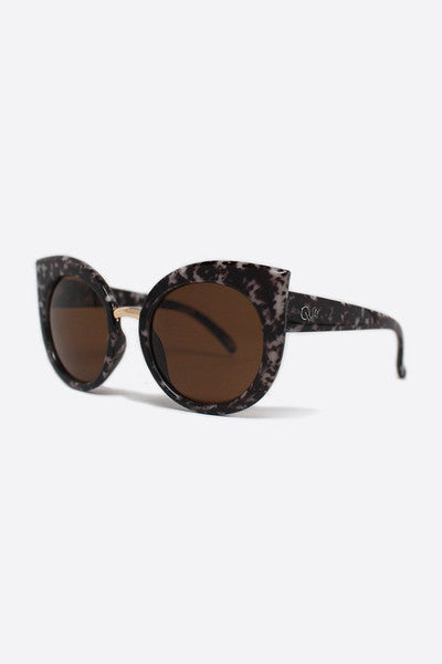 QUAY DREAM OF ME SUNGLASSES - TORTOISESHELL