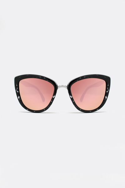 QUAY MY GIRL SUNGLASSES - BLACK TORTOISE