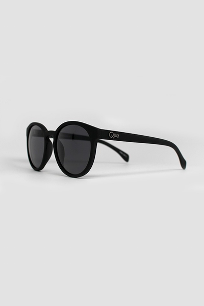 QUAY COY SUNGLASSES - BLACK
