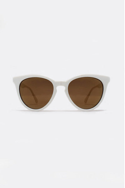 QUAY THE LOVE CATS SUNGLASSES - WHITE