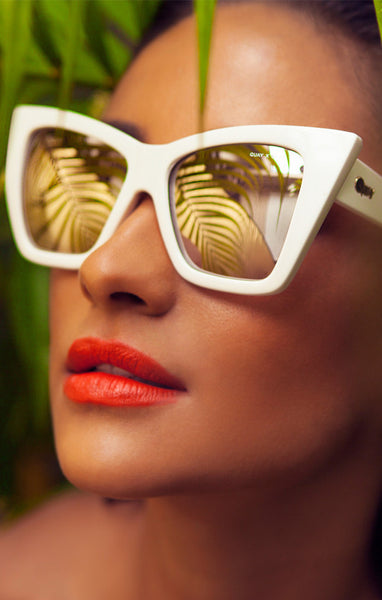 QUAY X SHAY MITCHELL VESPER WHITE SUNGLASSES