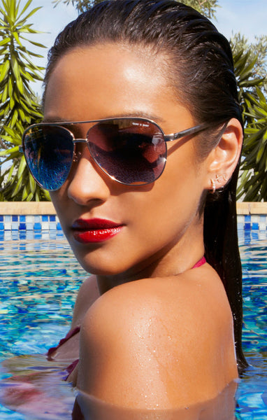 QUAY X SHAY MITCHELL VIVIENNE GOLD SUNGLASSES