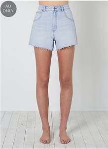 13106 Mirage Short Cali Blue
