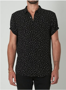 15653 Beach Boy Shirt Dash Print Black