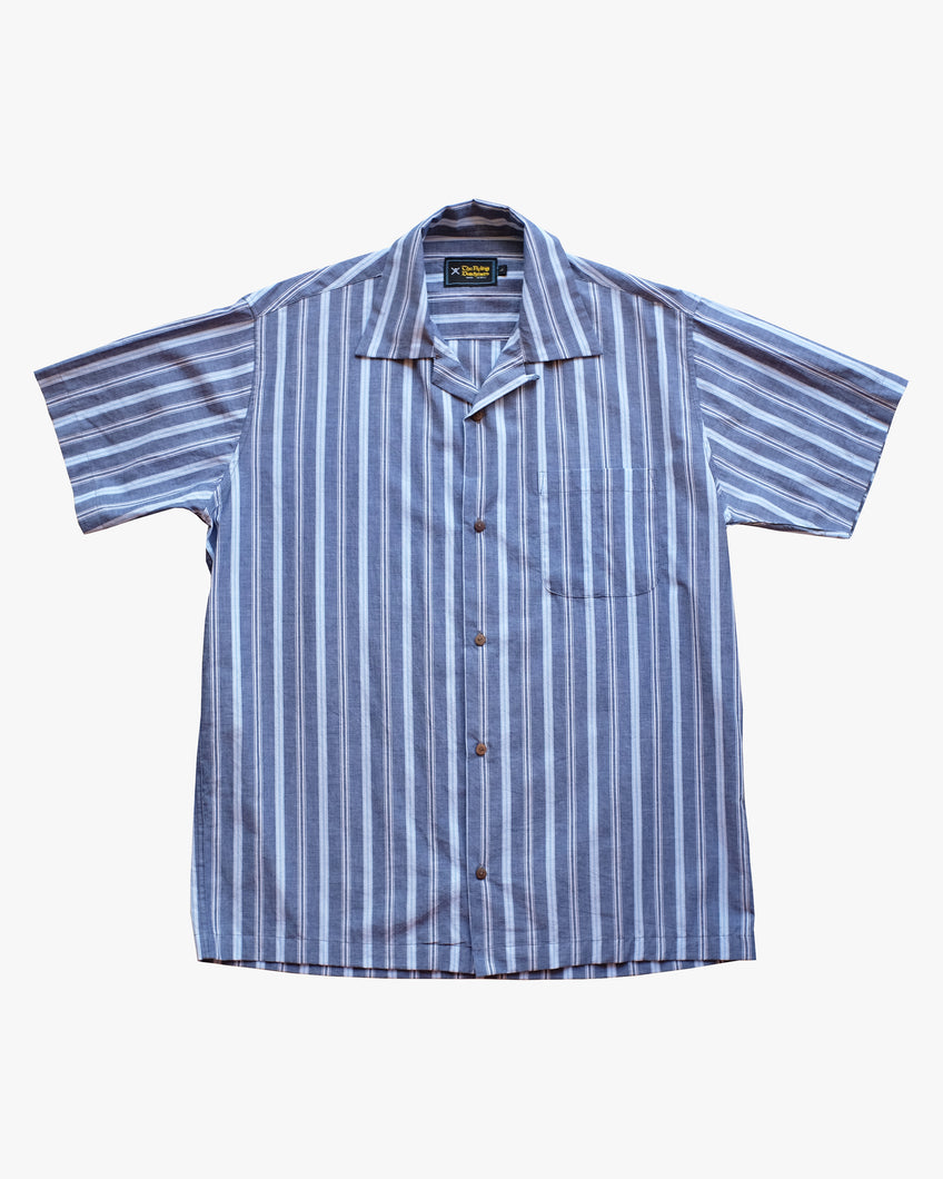 striped blue short sleeve shirt