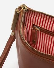 Load image into Gallery viewer, STITCH & HIDE - CASSIE CLASSIC CLUTCH MAPLE