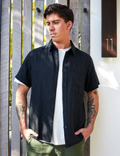 Load image into Gallery viewer, MR SIMPLE - SHORT SLEEVE LINEN SHIRT - BLACK