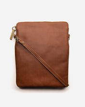 Load image into Gallery viewer, STITCH & HIDE - RUBY CROSSBODY BAG MAPLE
