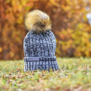 Unisex - Cable Knit w/ Pom - Heather Grey / White