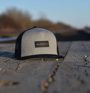 Unisex - Staple Trucker - Heather Grey / Black