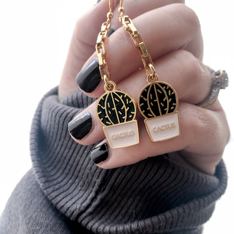 Plant Lovers Cactus Earrings