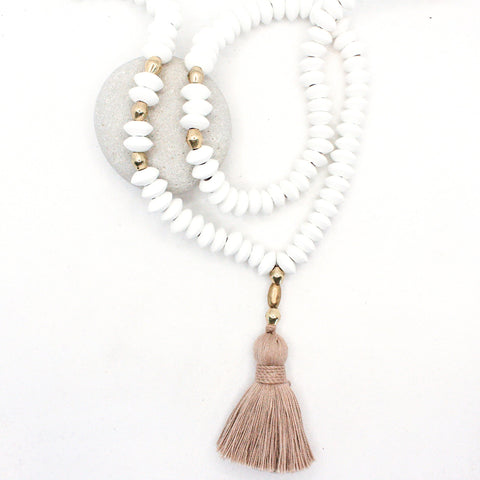 Ultimate Beach Vacation Tassel Necklace : Sandy Taupe