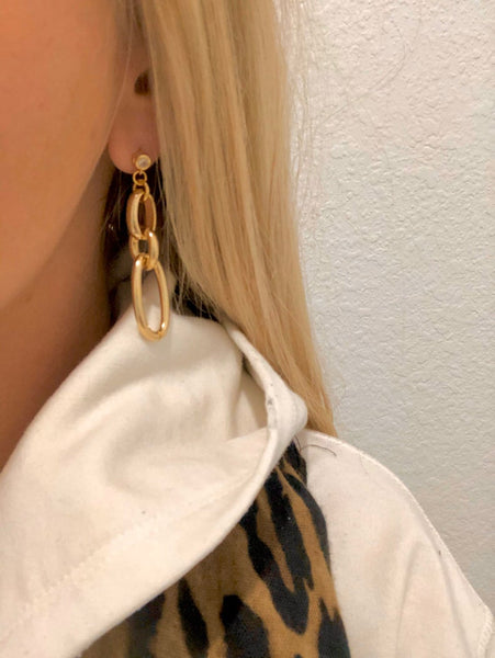 Blonde Link Earrings