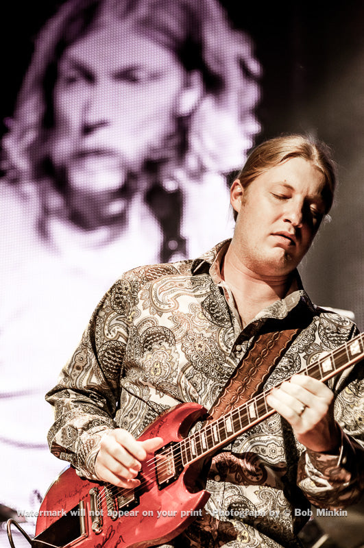 Derek Trucks - Allman Brothers - Fox Theater, Oakland, CA - 5-12-09 - Bob Minkin Photography