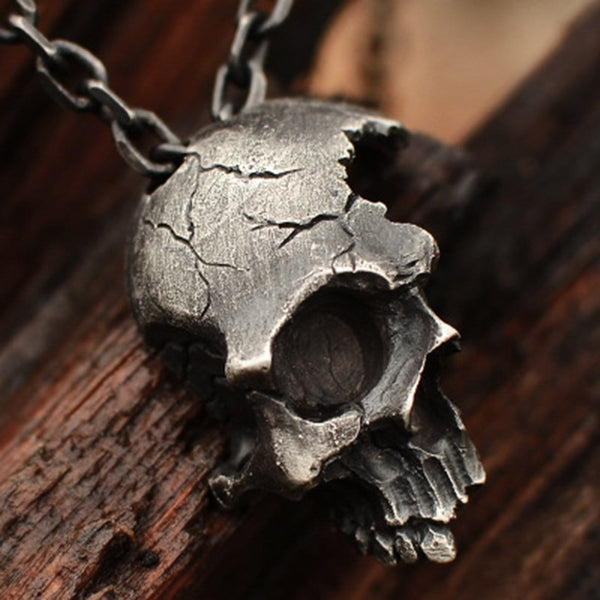 """Skull"" Gothic Necklace - Maener"