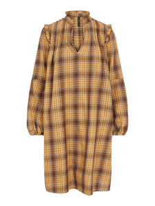 yas_golden_checks_dress_yellow_wintersale_lytham_bestseller_copenhagen_scandifashion