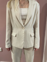 Load image into Gallery viewer, Dante 6 - Gatzy Easy Satin Blazer Ivory