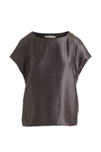 Load image into Gallery viewer, rabens_saloner_delina_hammered_metal_top_denmark_heartmade_clothing_kleid_kjole_bukser_udsalg
