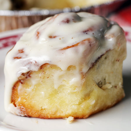 Traditional Vanilla Cinnamon Rolls