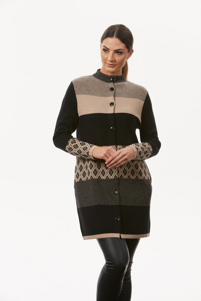 BL0620 – JACQUARD BUTTON COAT