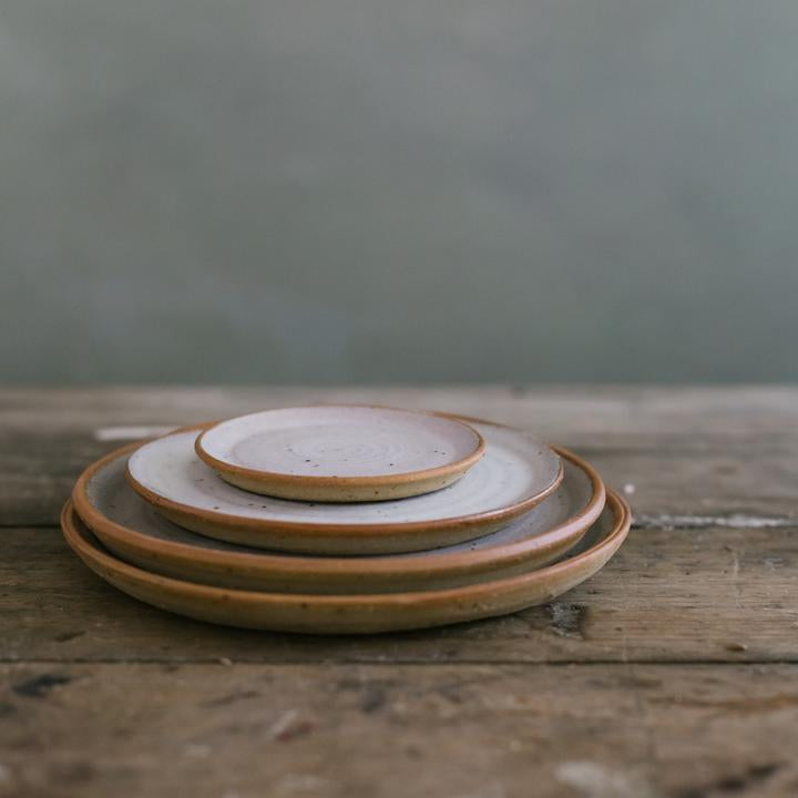 Medium Stoneware Planter + Saucer, Desert