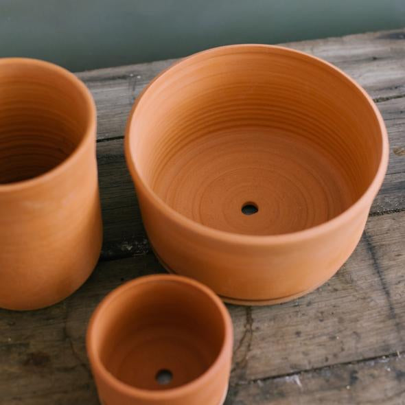 Leaf & Thread Extra Extra Large Stoneware Planter + Saucer Terracotta