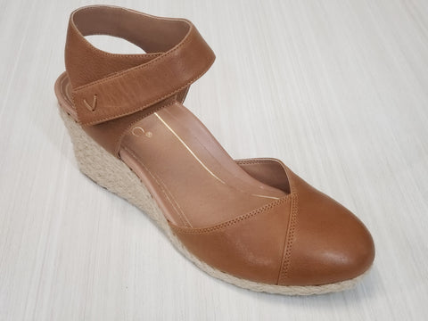 CLOSE TOE WEDGE