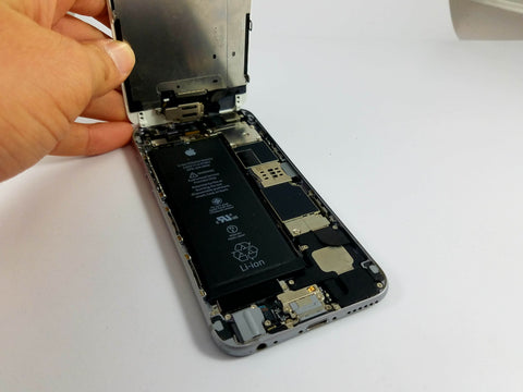 Troubleshooting or Repairing Your iPhone if the GPS is Not