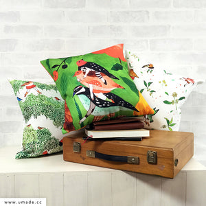 UMade Artist Throw Pillow ★藝術家創作抱枕★ Go Hiking - Chichi Huang