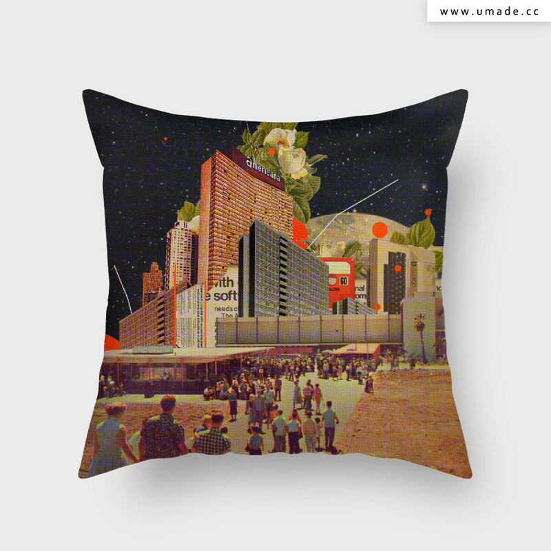 UMade Artist Throw Pillow-藝術家創作抱枕-Software Road- Frank Moth