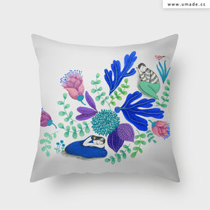UMade Artist Throw Pillow ★藝術家創作抱枕★  青春花露水 - Chichi Huang