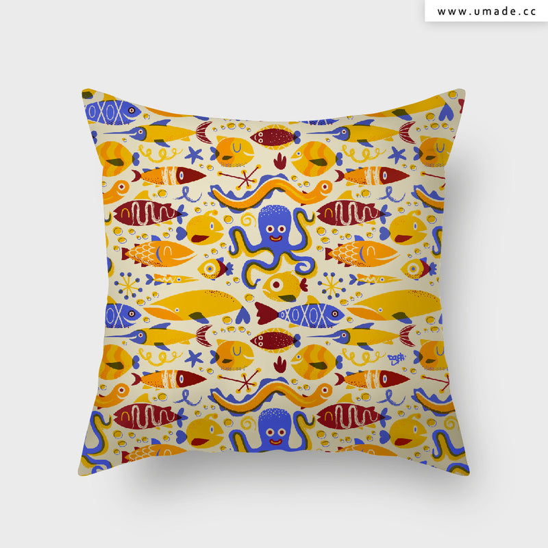UMade Artist Throw Pillow★藝術家創作抱枕★ Fun under the sea - DGPH
