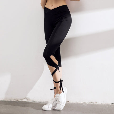 Strap Tight Yoga Training Cropped Trousers