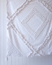 Load image into Gallery viewer, Cotton Throw with Tassels : Burleigh White