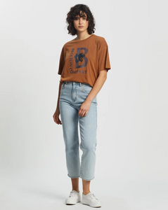 LEAGUE W S/S OVERSIZED CREW TEE