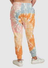 Load image into Gallery viewer, CALI DAYS TRACKPANTS
