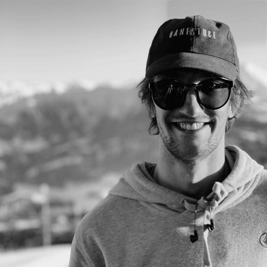 Lorenz Vyslozil Snowboarder for the Rome Snowboards Am team