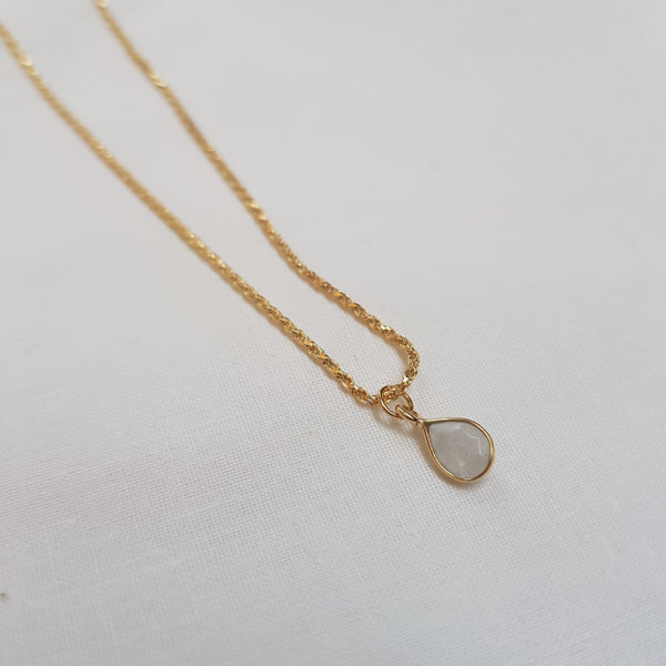 Moonstone teardrop necklace gold