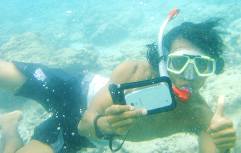 Swim Cell 100% Waterproof Bag For Phone Under Water Photo