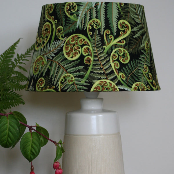 Small fern table lamp