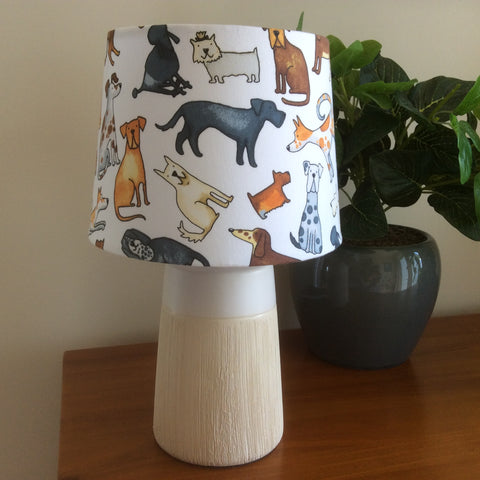 A lotta dogs table lamp