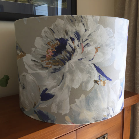 Two tone roses lampshade